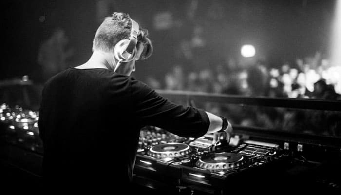 One Collective Style Ferry Corsten