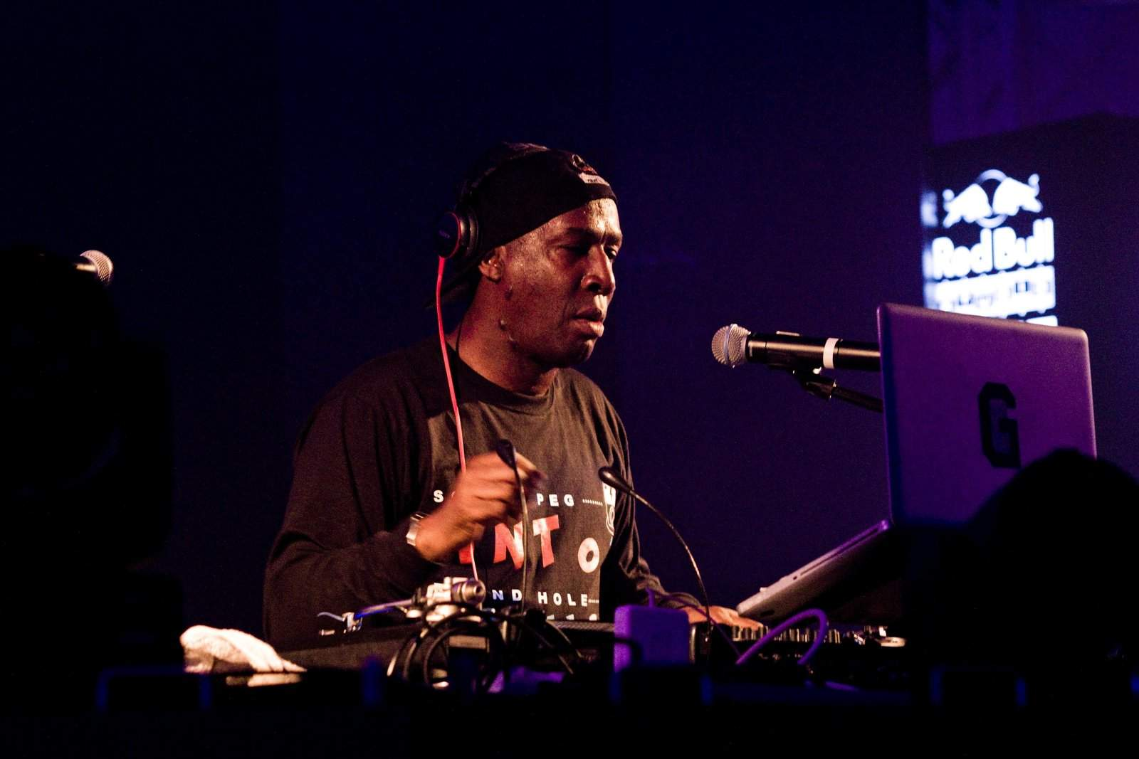 GRANDMASTER FLASH : TECHNOLOGY IS A GIFT & A CURSE