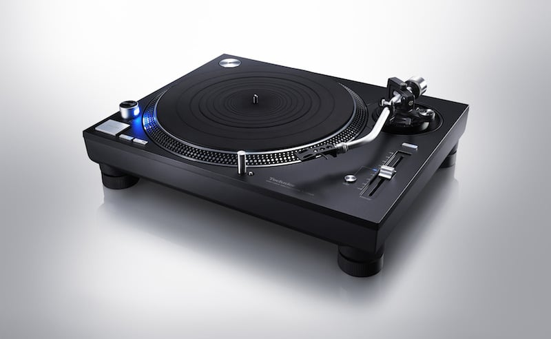 A FIRST LOOK AT THE NEW TECHNICS SL-1210GR
