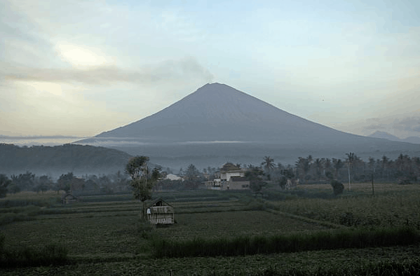 BALI VOLCANO'S UPDATE – AIRPORT & FLIGHTS BACK TO NORMAL