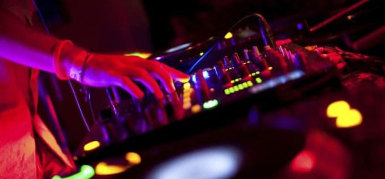 THE 5 BEST USB DRIVES FOR DJ'S 2018