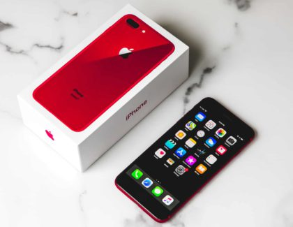 IPHONE 8 (RED)