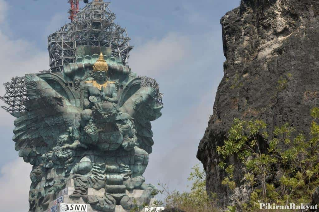 Bali GWK STATUE FINALLY FULLY INSTALLED