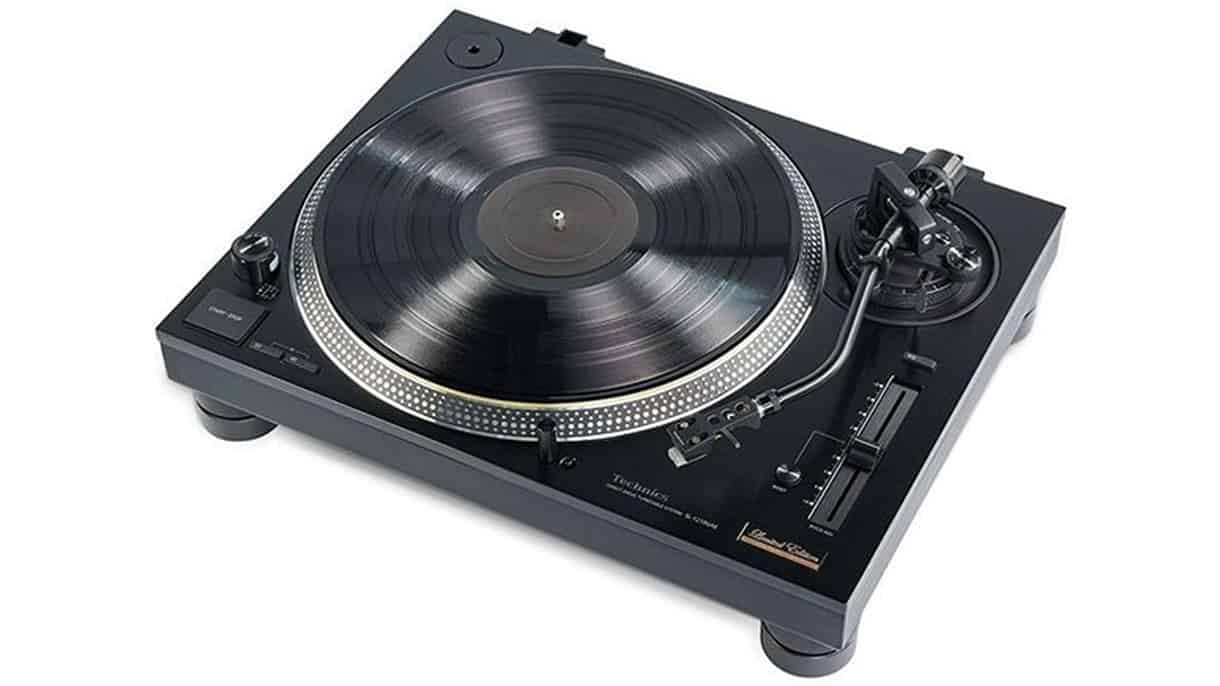 TECHNICS UNVEILS LIMITED EDITION SL-1210GAE TURNTABLE
